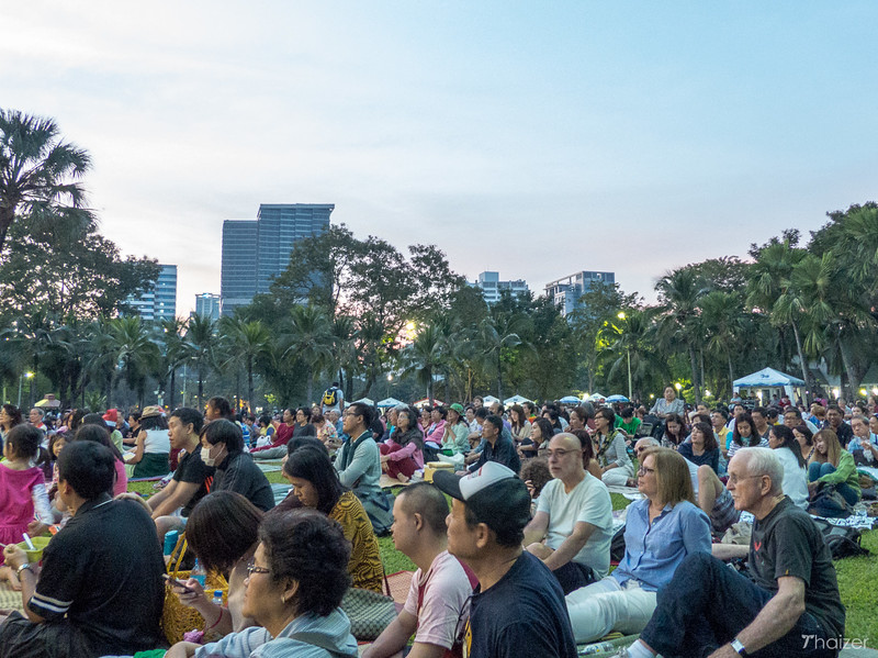 crowds watch Concert in the Park, Bangkok