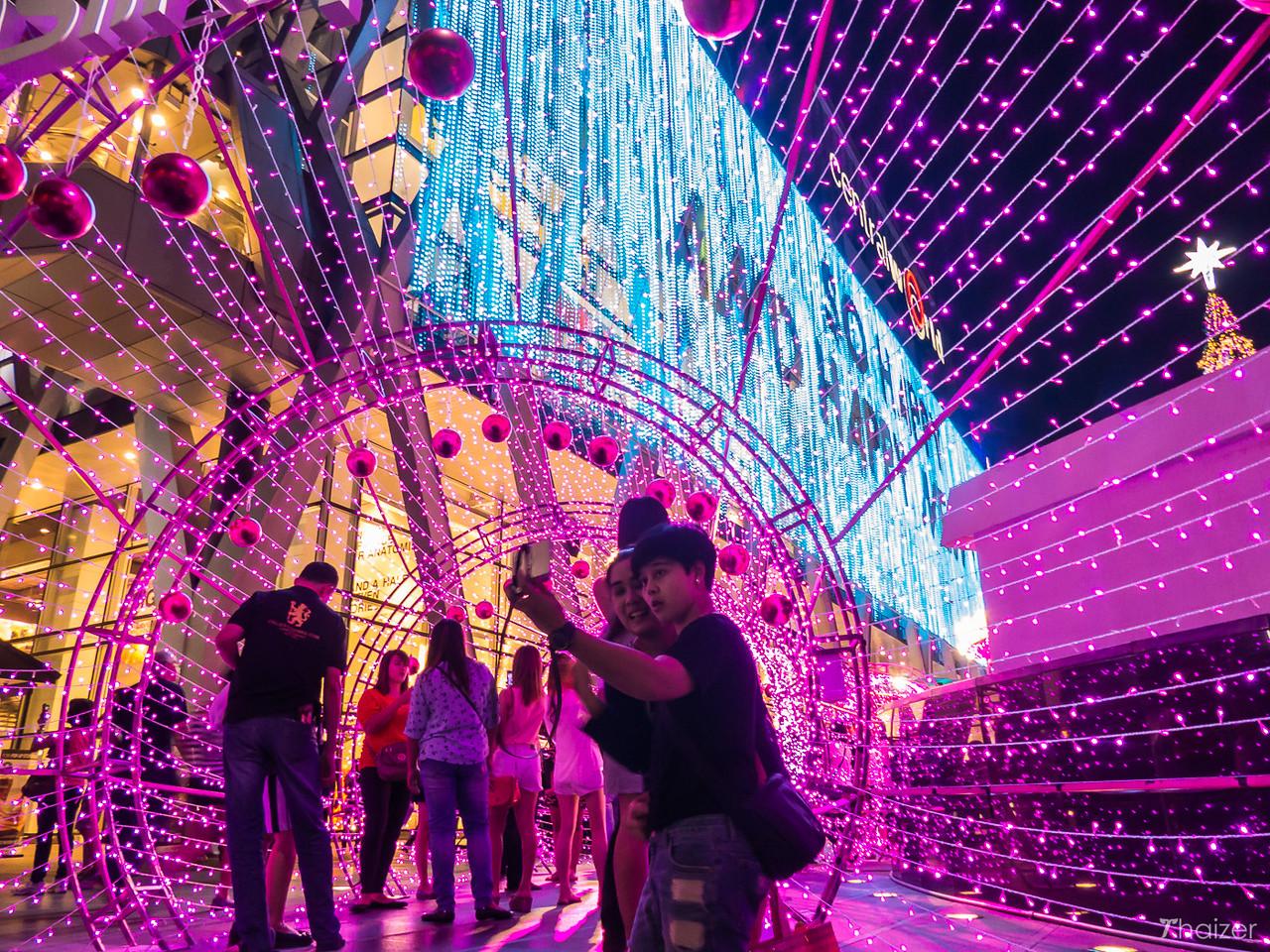 Christmas selfies at Central World, Bangkok